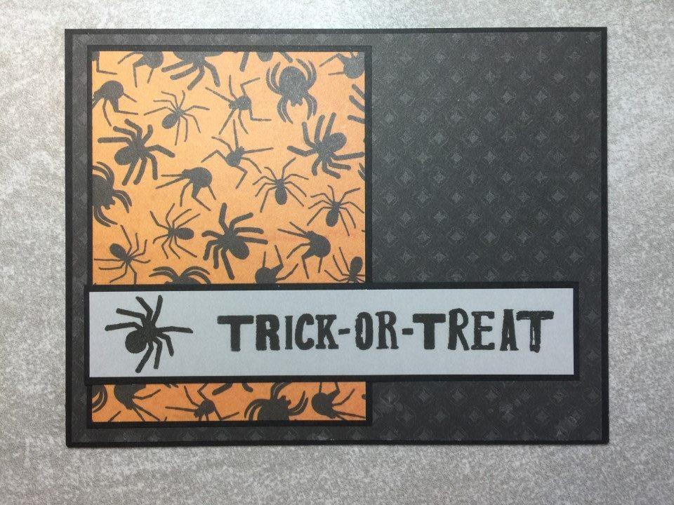 4 Sheets 12x12 Halloween Green//Black Spiders Embossed Cardstock